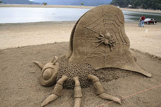 giant spider from the sand