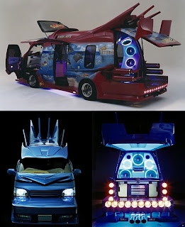 japanese van turn into space ship - amazing lighting and superb speaker