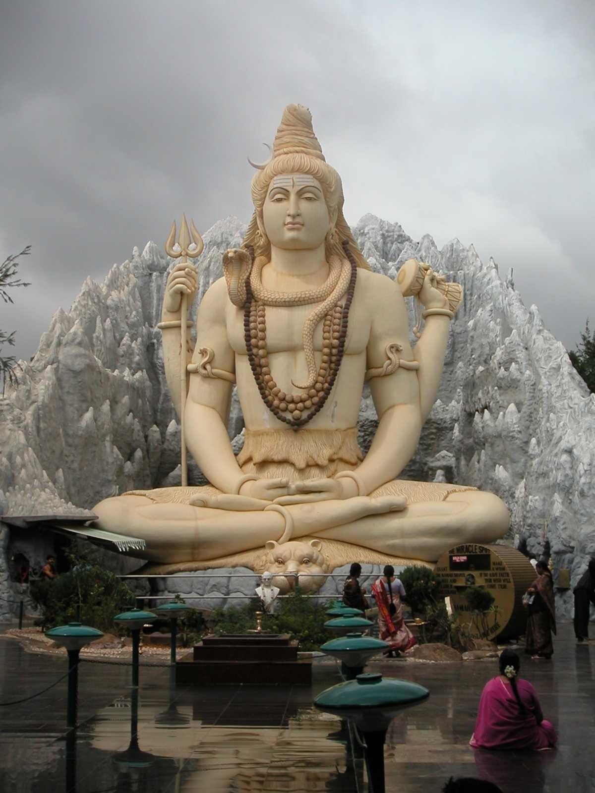 Luluk's Blog: Peninggalan Sejarah Hindu-Buddha dan Islam