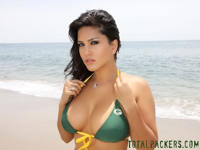 http://4.bp.blogspot.com/_csGtDrffvxM/TADF4oMrQqI/AAAAAAAACsk/ydcUjp4LQcc/s1600/Sunny+Leone+in+Bikini6.jpg