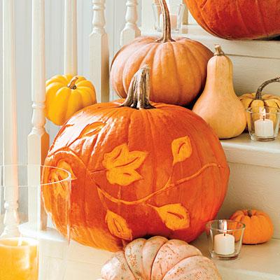 Frame Fanatic Motivational Monday Decorating Pumpkins
