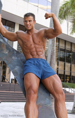 Jiri Borkovec muscle http://workoutinspiration.blogspot.com/2009/07/jiri-borkovec-big-in-miami.html