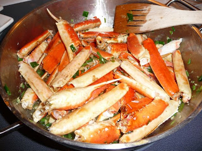 Live.Love.Eat: Sweet & Peppered Crab Legs