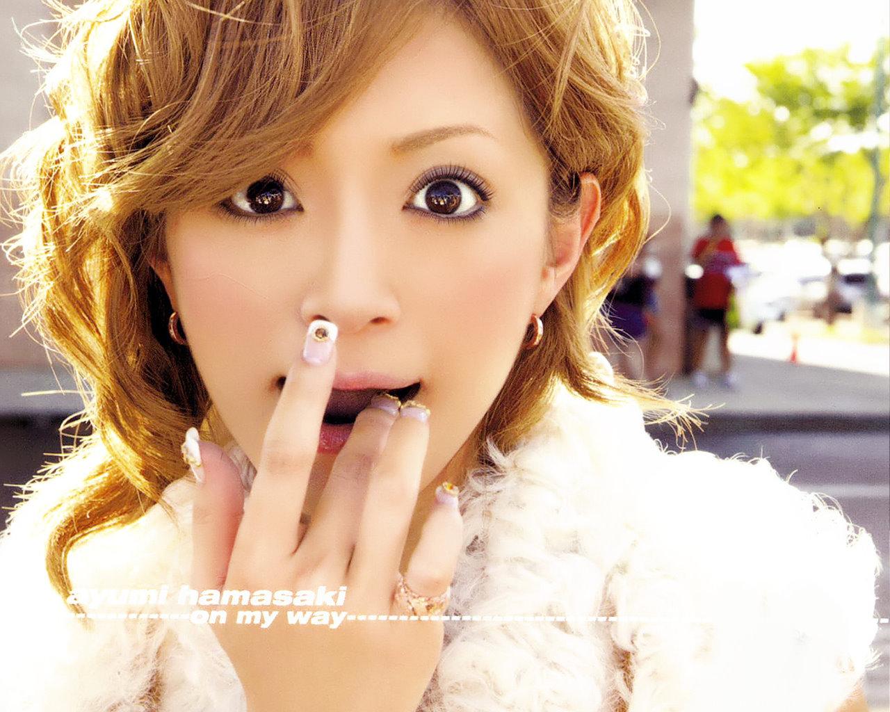 Ayumi Hamasaki - Picture Colection