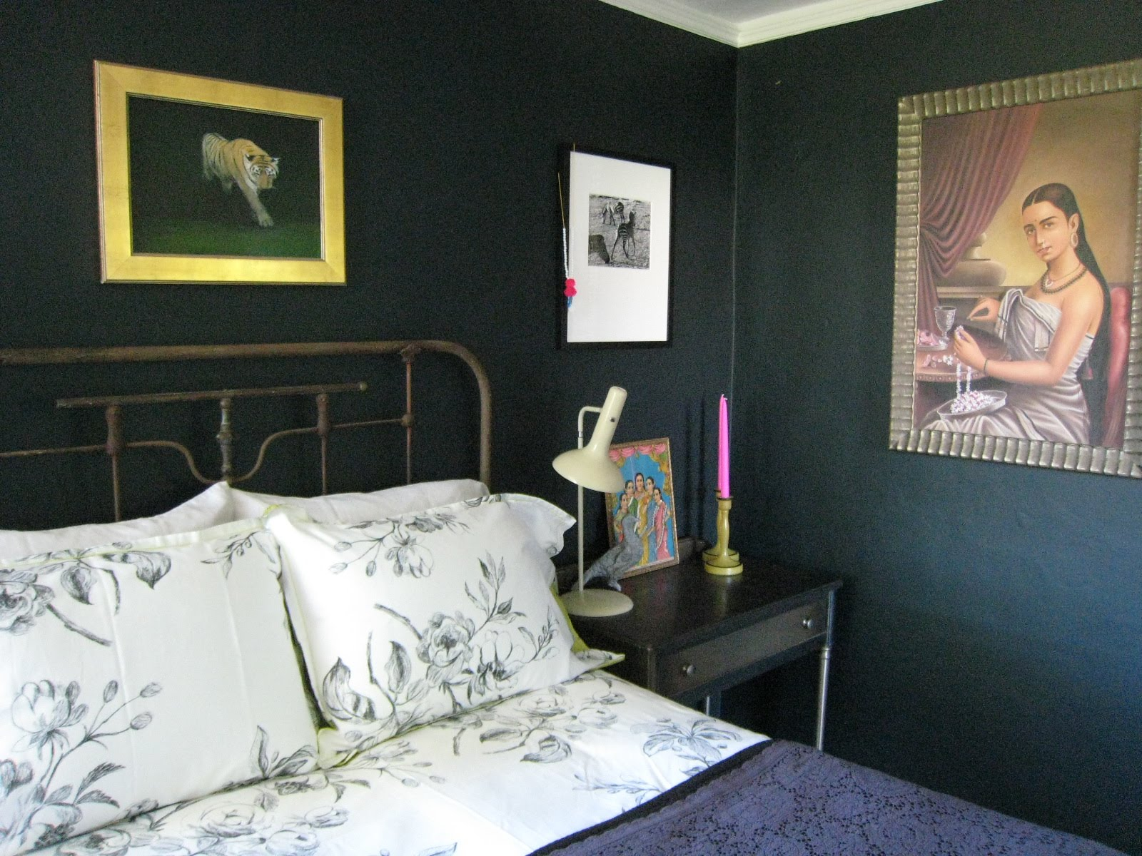 Black Blue Farrow and Ball Paint 1600 x 1200