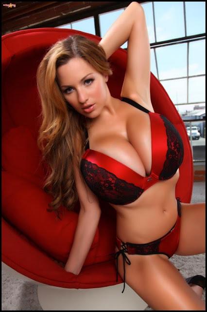 Jordan Carver big boobs
