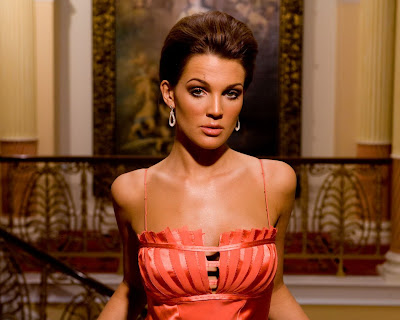 Danielle Lloyd as Beautiful Elegant Lady in Graceful Model Photo Shoot Session