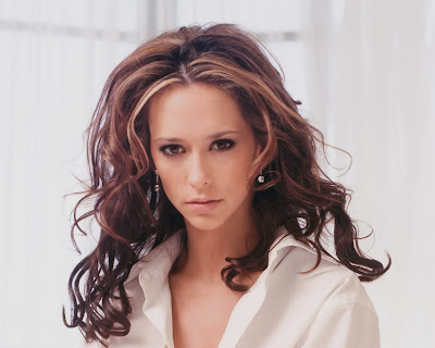 Jennifer Love Hewitt in Sexy Casual Shirt Fashion Model Photo Shoot Session