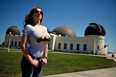 Jordan Carver ở Los Angeles chụp ảnh