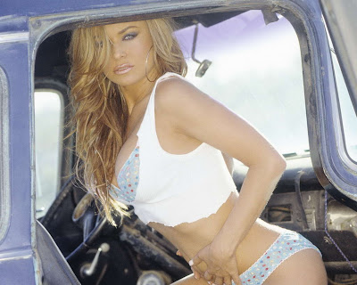 Carmen Electra in Beautiful Woman Truck Driver Model Photo Shoot Session