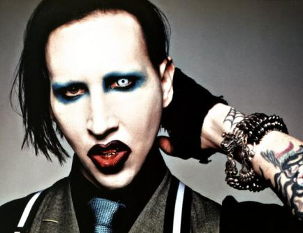 marilyn manson no makeup 2010. How is Marilyn Manson without