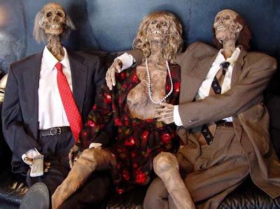 horror 03 Boneka boneka Ngeri
