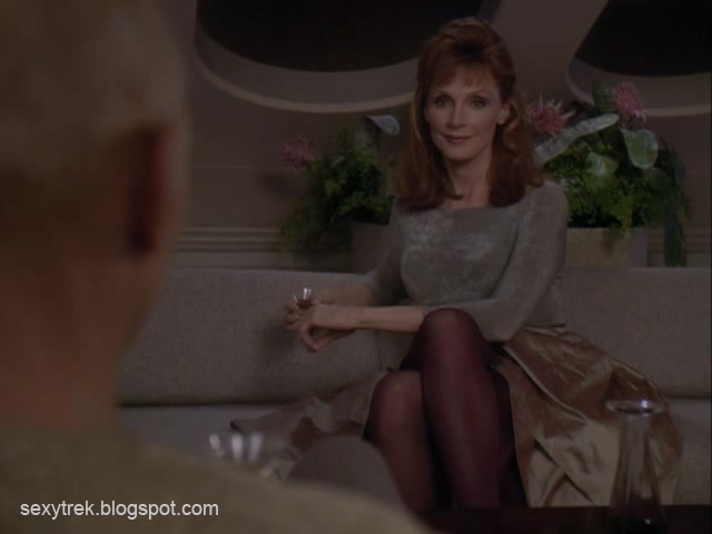Gates McFadden - Doctor Beverly Crusher shows her pantyhose