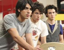 En Disney Channel.. ¡siempre lo mejor!