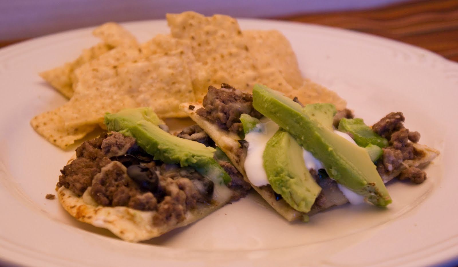 avocado beef tortilla pizza