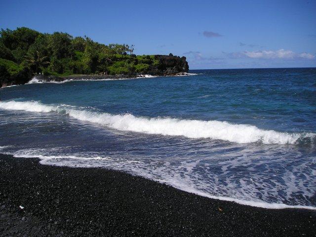 The Amazing Stuff 5 Reasons Why Black Sand Beaches Rock