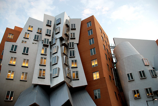 Amazing architecture in mit stata center nice n funny for Ouvrage architectural