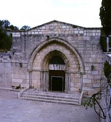 Makam Bunda