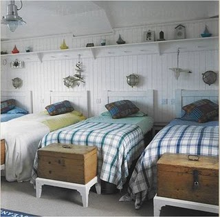 dwellers without decorators kids bunk multiple beds in a room. Black Bedroom Furniture Sets. Home Design Ideas