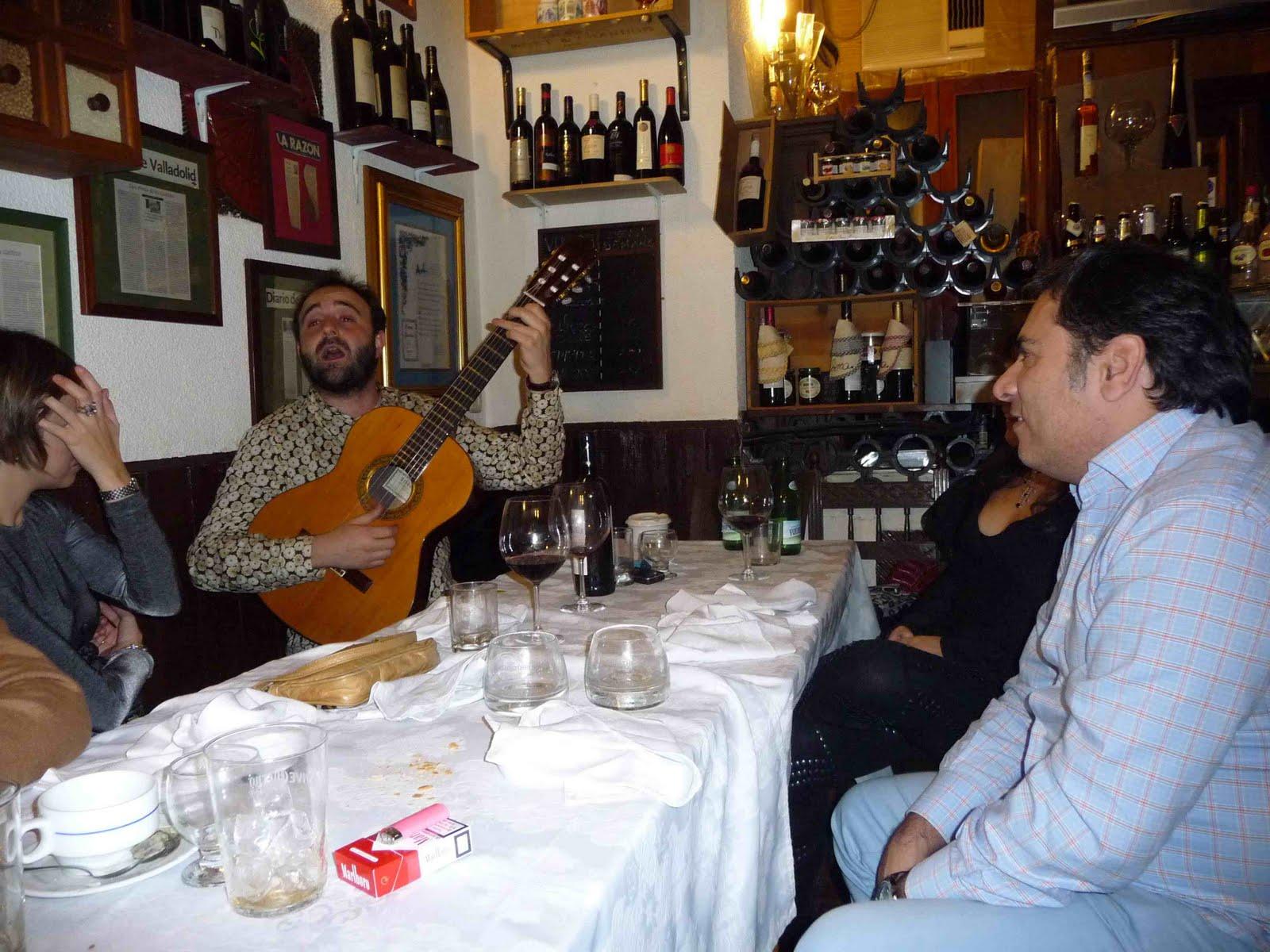 Alberto granados cena de a vivir madrid - Casa perico madrid ...