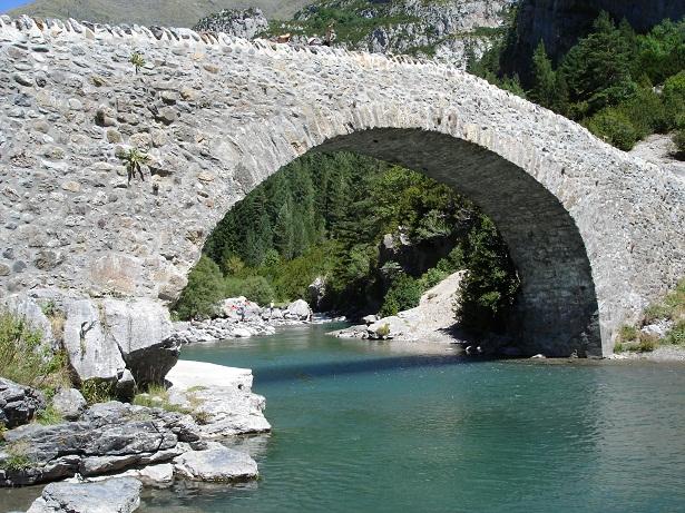 Pont puente Bujaruelo Ordesa Monte Perdido