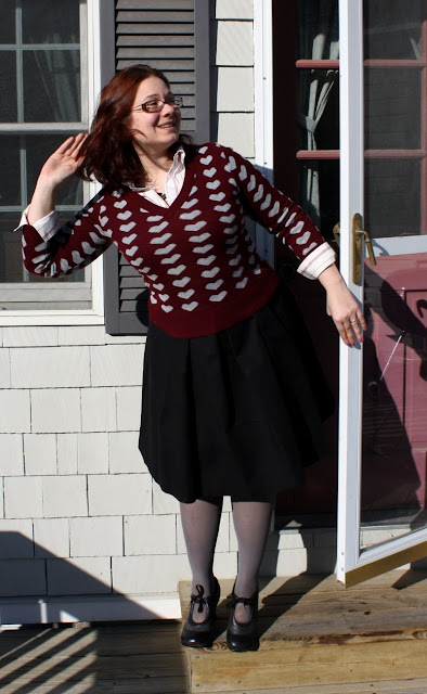 daily outfit, WIWT, sweater, hearts, buttondown, collared shirt, stripes, necklace, bird, serpentine, skirt, tights, shoes, brogues, red, pink, green