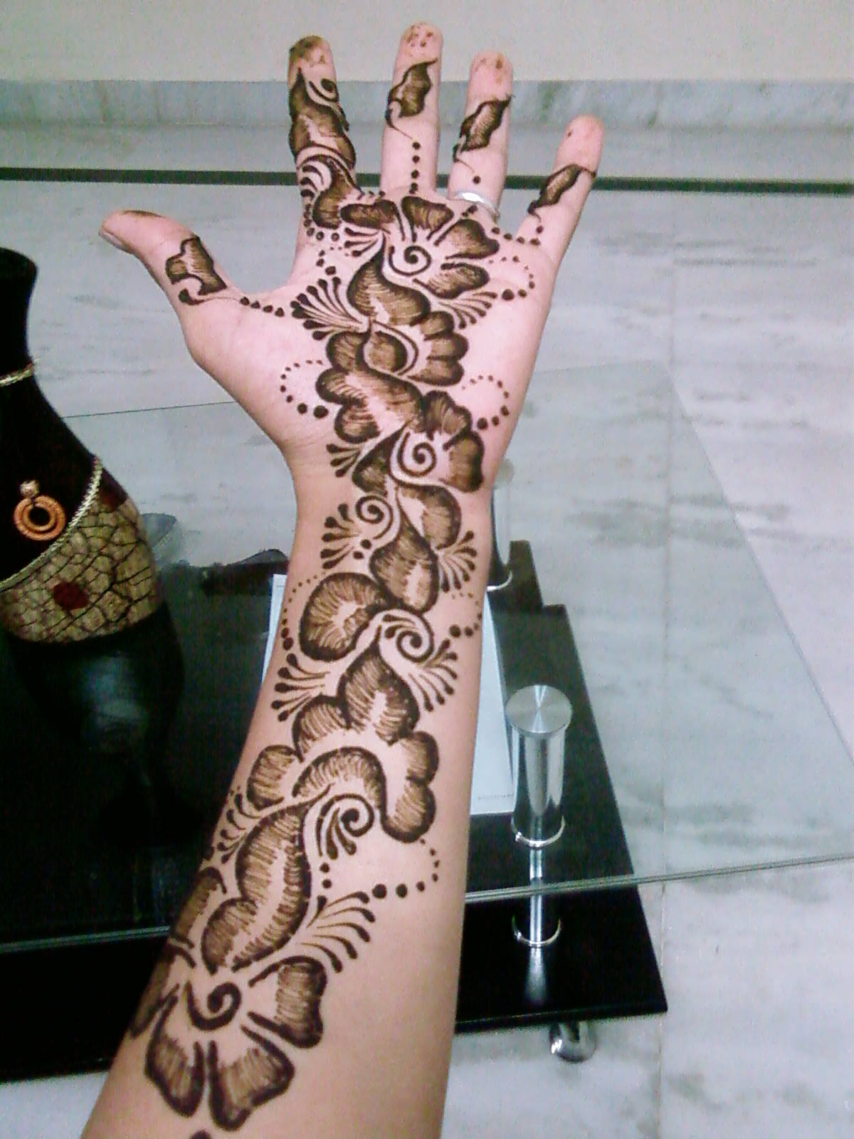 Learn Mehndi Patterns : Get started with mehndi introduction to