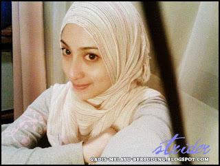 Gambar Bogel Gadis Bertudung Panas   Buka Tudung   Melayu Boleh.Com