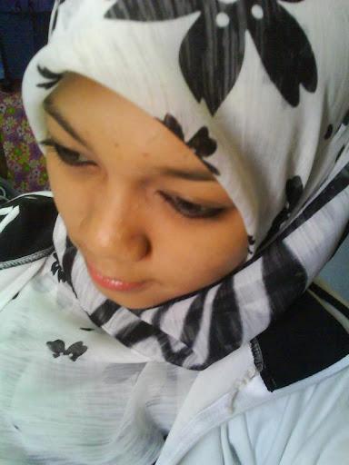 Gambar Bogel Fashion Gadis Remaja Bertudung Emo   Melayu Boleh.Com