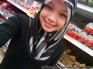 Apetube malay student melayu