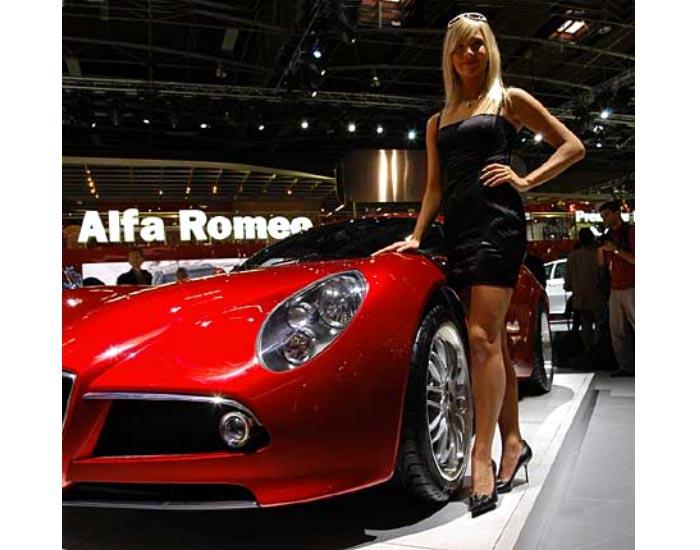 auto top cars 2011 chicas del sal n de par s. Black Bedroom Furniture Sets. Home Design Ideas