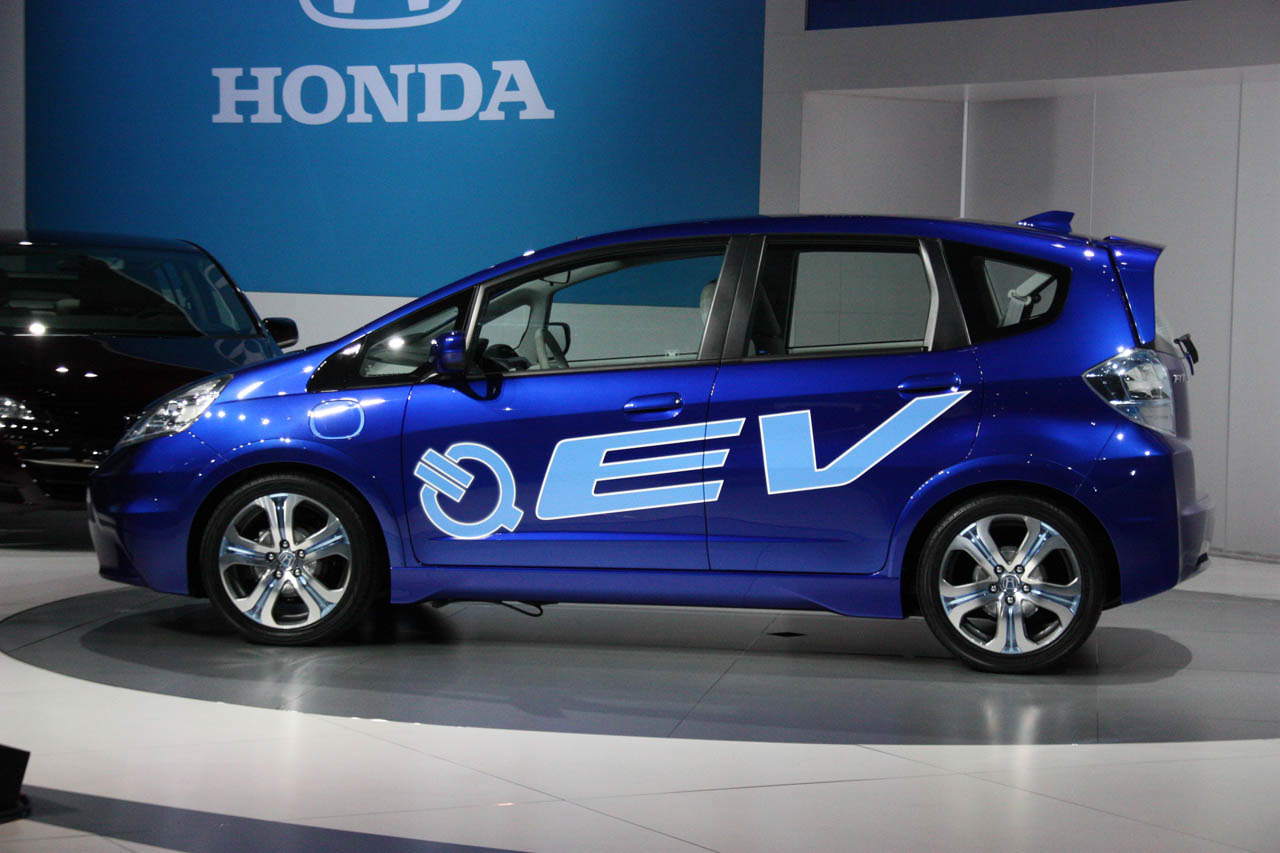Honda fit ev concept en los ngeles 2010 for Honda fit electric