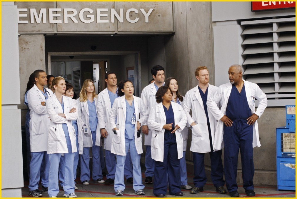 Grey\'s Anatomy Gossip Girl: \'Grey\'s Anatomy\' Cast Finally Full