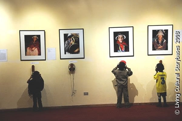[LCS_exhibition-XI_Ethnobiology_Congress_Cusco_2008a.jpg]
