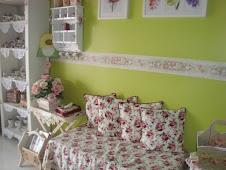 Ruang Tamu Diary Roses Cottage