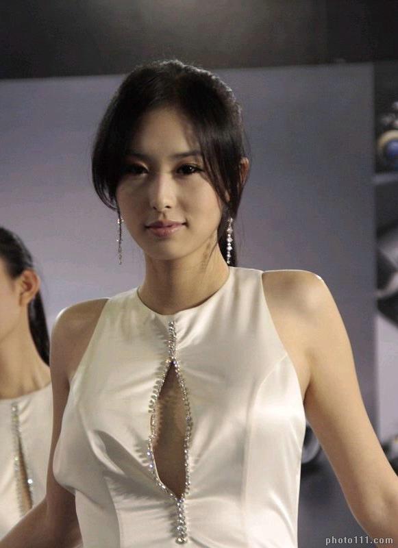ling nude Zhai