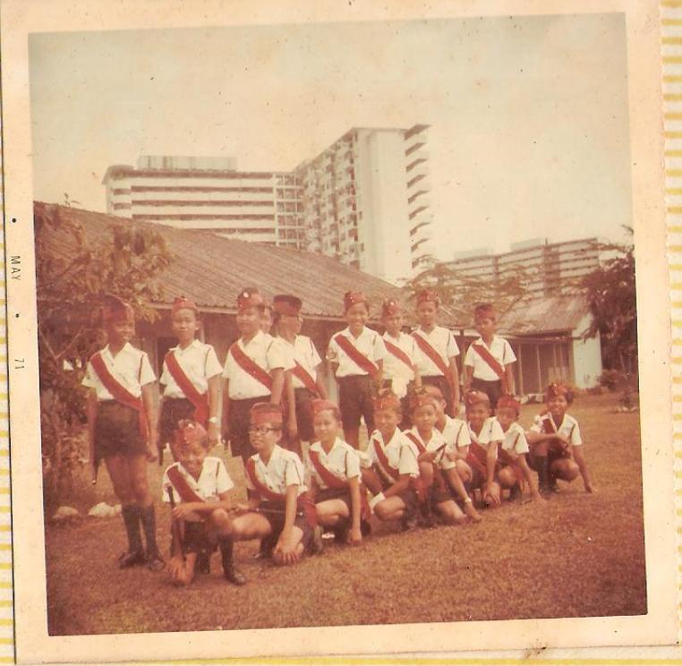 [Rare+Paya+Lebar+School+Band+Color+Photo+May+1971.jpg]