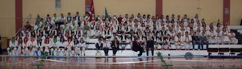 Foto de familia de los grupos participantes