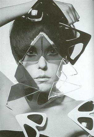 ynb Peggy Moffitt