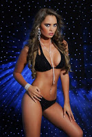 Maria Renee Salazar ( Miss Litoral 2009 )