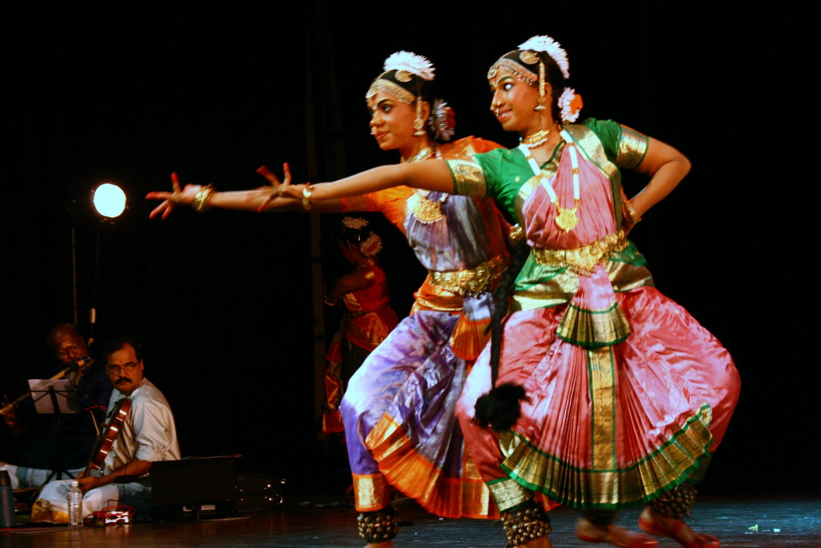 Expository Essay on Indian Dance