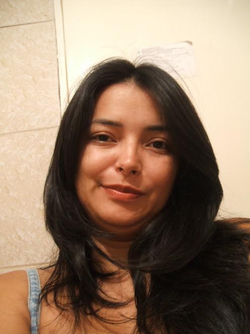 Liz Medeiros