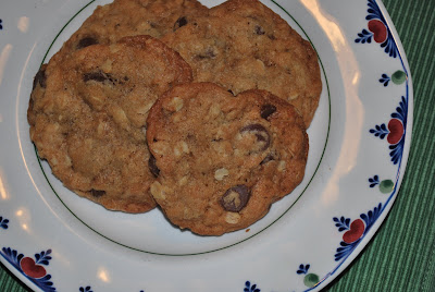 Fashioned Oatmeal Lace Cookies on Chewy Oatmeal Chocolate Chip Cookies ...