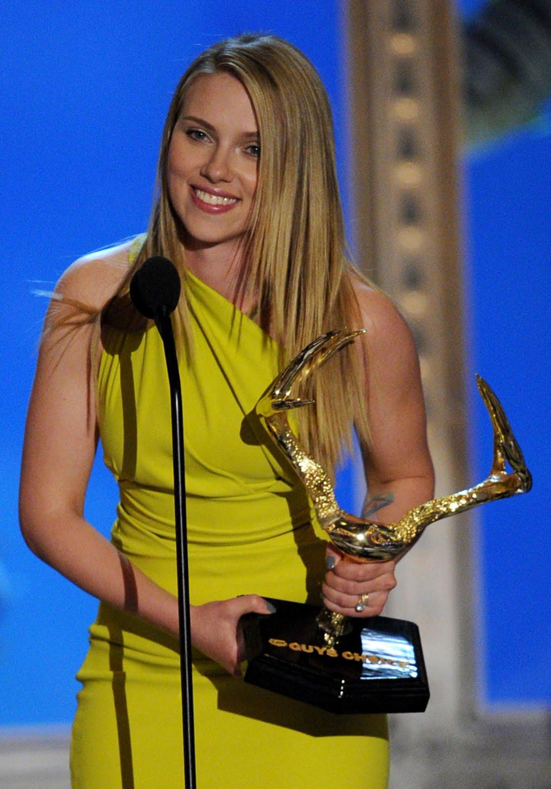http://4.bp.blogspot.com/_dH_UZN7TrXw/TAuztveEVUI/AAAAAAAAOX8/T7SQbKpFGh0/s1600/spike+tv+guys+choice+awards+%2818%29.jpg