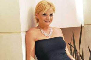 http://4.bp.blogspot.com/_dJ4_VGRoYQA/SScdPGNKRcI/AAAAAAAAA6I/59WLY_5LYgk/s400/V-Saez+3.jpg