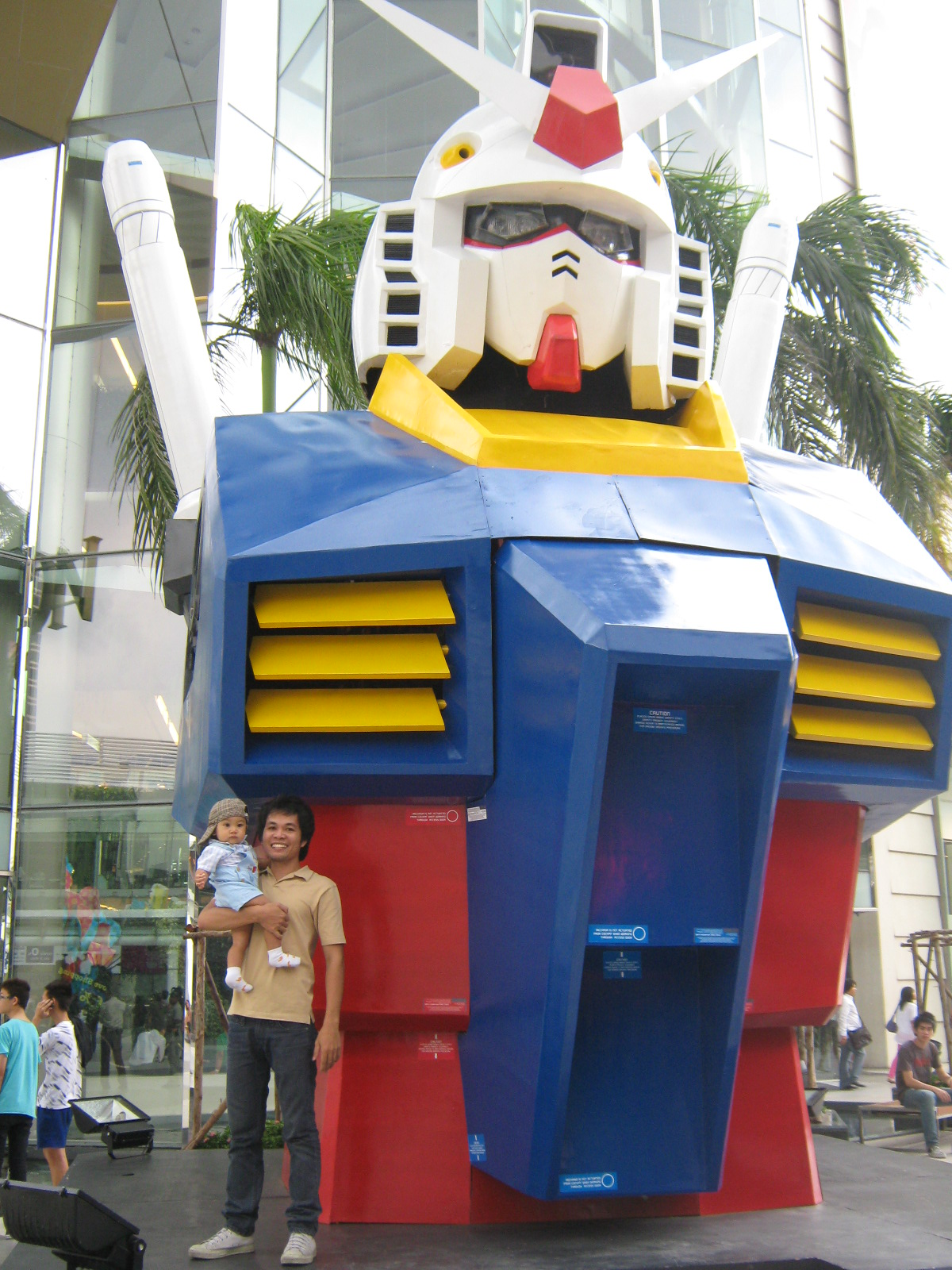 GIGANTIC Gundam in Bangkok