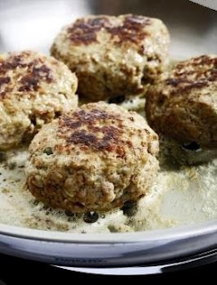 Delicious georgian cuisine abkhazura spicy meatballs for Abkhazian cuisine