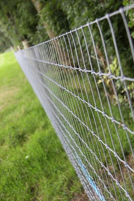 Twisted wire horse fence fencing