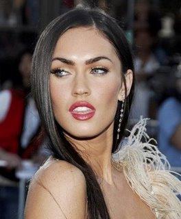 hottest celebrity lips 20090123 1404896626 10 Bibir Terseksi Selebriti Dunia