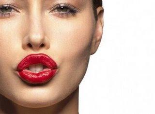 hottest celebrity lips 20090123 1320721781 10 Bibir Terseksi Selebriti Dunia